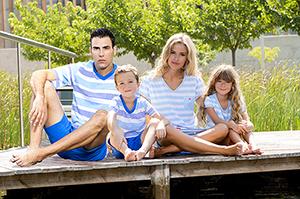 f95b72697 Moda para toda la familia. Pijamas iguales para padres e hijos.